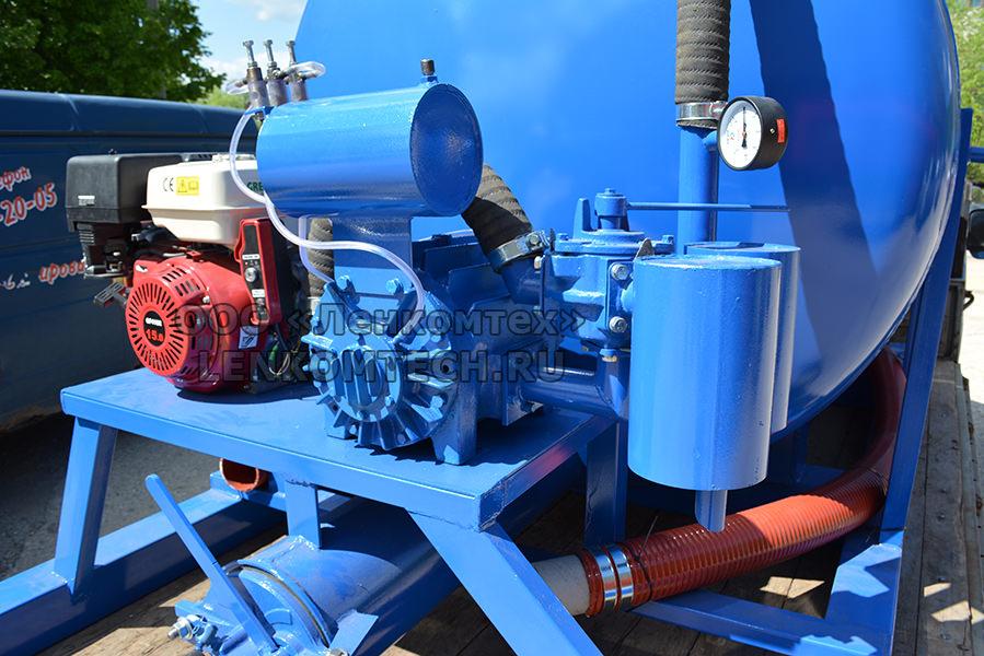 Цистерна вакуумная ЛКТ-5ВП для портального погрузчика